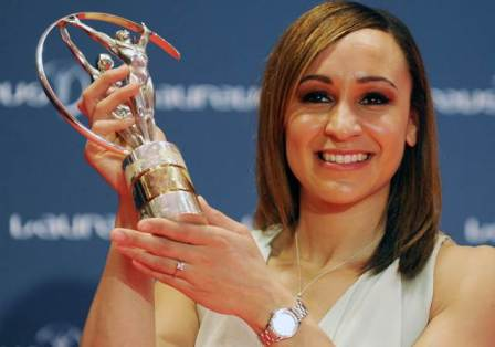 "British track atlete Jessica Ennis poses with the ""Laureus World Sportswoman of the Year"" during the 2013 Laureus World Sports Awards at the Municipal Theatre in Rio de Janeiro, Brazil, on March 11, 2013.  AFP PHOTO/VANDERLEI ALMEIDA"