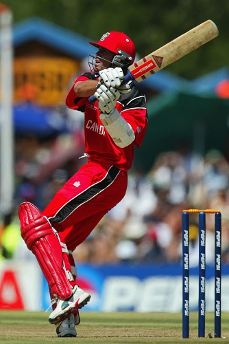 John Davison hooks on his way to a 111, Canada v West Indies, Pool B, World Cup, Centurion, February 23, 2003 © Getty Images