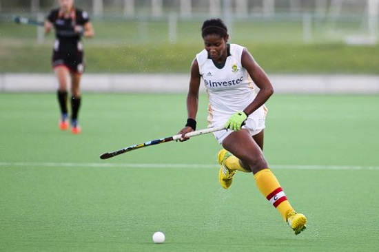SA captain and striker Sulette Damons in full flight during the fourth Test against Belgium at Hartleyvale in Cape Town Thursday. Belgium won 3-2 to tie the series 1-1. Photo credit ACTION PIX